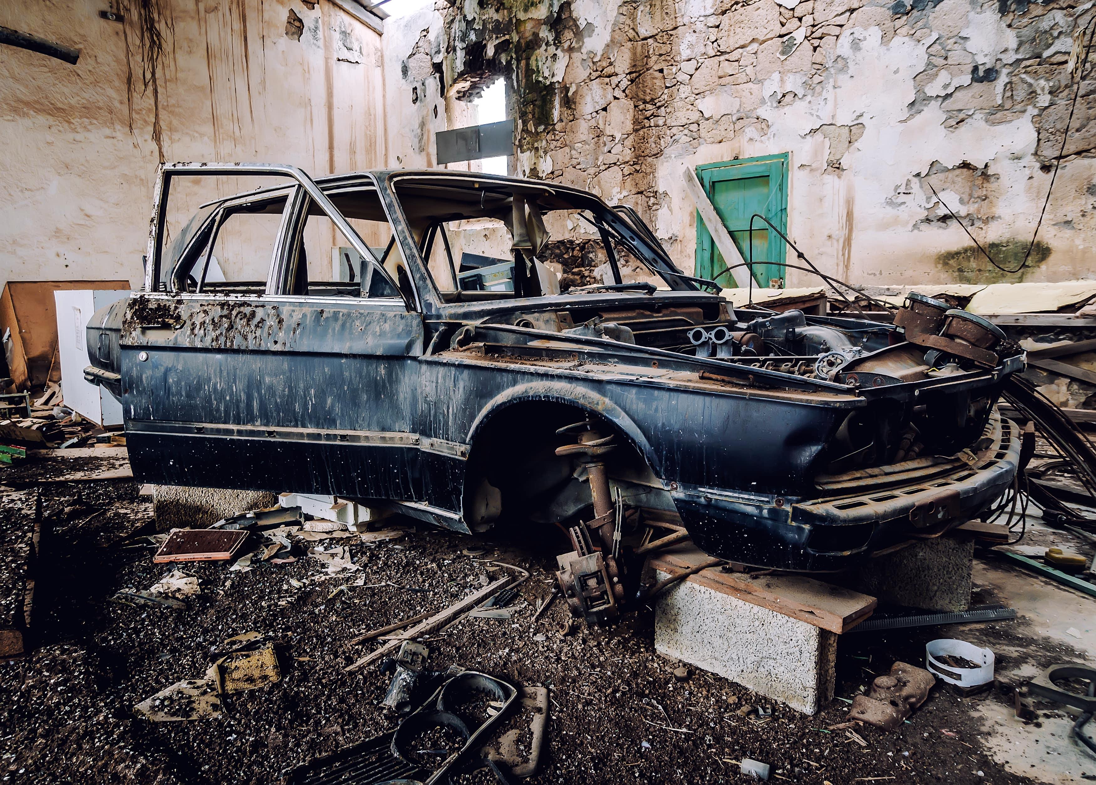 old scrap car